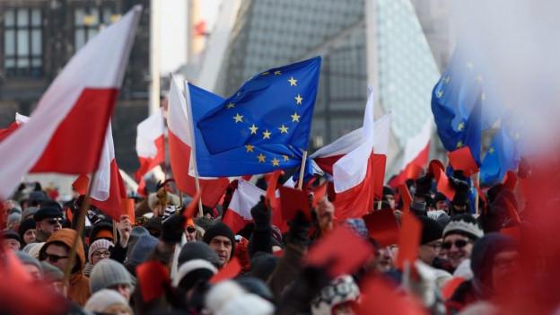 Demonstrationen gegen neues polnisches Mediengesetz