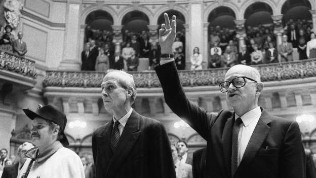 Alphons Egli bei seiner Wahl in den Bundesrat am 8.12.1982