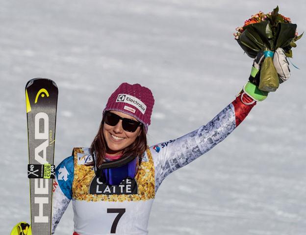 Wendy Holdener holt im Frauen-Slalom in St.Moritz auch noch die Silbermedaille - nach Gold in der Kombination.