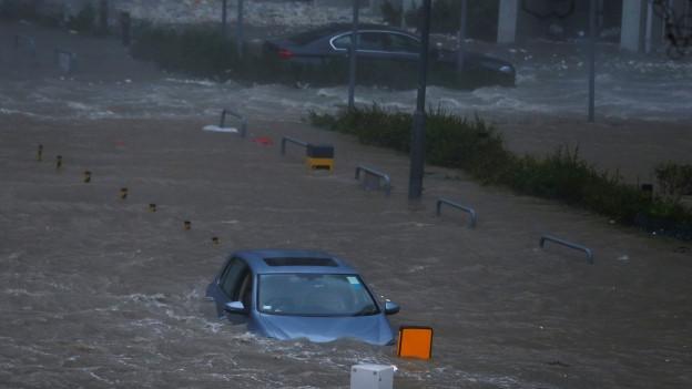 In Südchina setzte Taifun «Mangkhut» ganze Städte unter Wasser, auf den Philippinen starben zahlreiche Menschen.