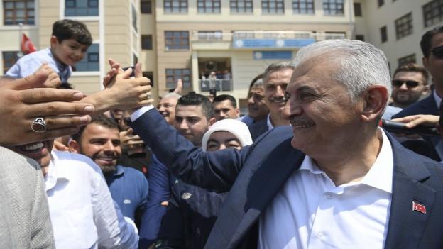 Ob AKP-Kandidat Binali Yildirim beim zweiten Anlauf zum Istanbuler Stadtpräsident gewählt wird, ist auch am heutigen Wahltag alles andere als sicher.
