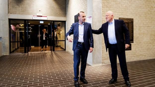 Teil eines Plans: Die Spitzenkandidaten Manfred Weber (r.) und Frans Timmermans.
