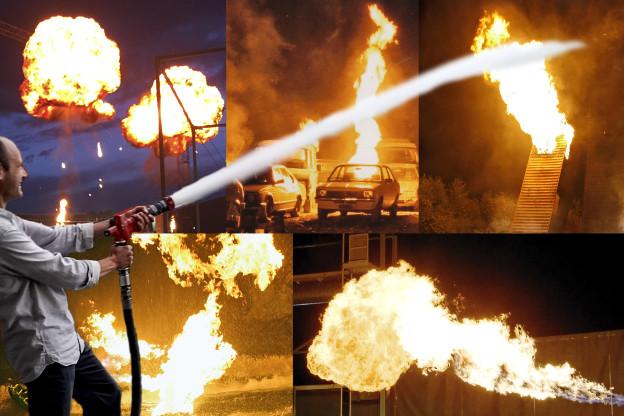Input-Redaktor Reto Widmer geht zündeln - und Feuer löschen.