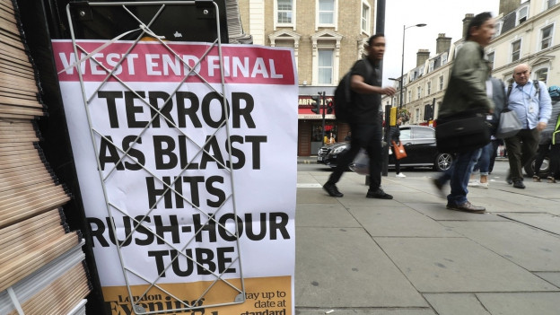 Ein Zeitungsanhang in London nach einer Explosion in Parsons Green im September 2017