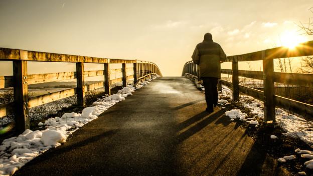 Der Mann auf der Brücke