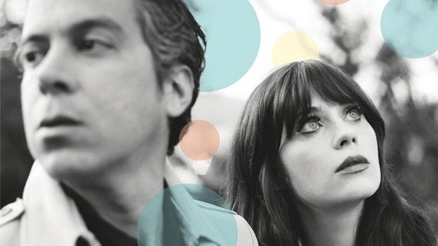 Sind ihrem swingenden 60's-Pop treu geblieben: She & Him.