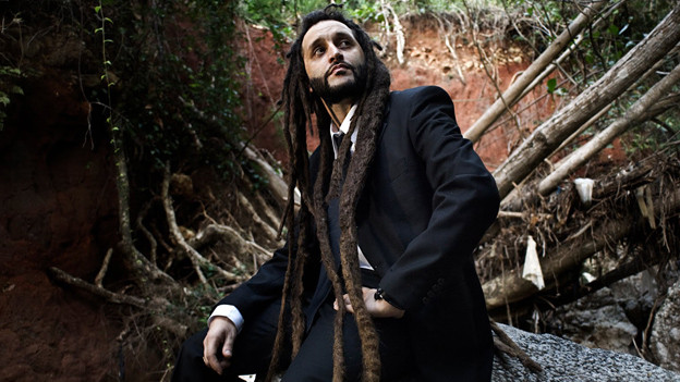 Nahm sein viertes Soloalbum «Sound The System» in Jamaika auf: Alborosie..