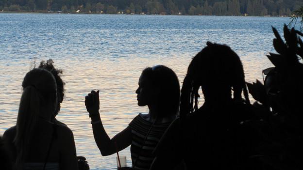 """Das """"Lakesplash"""" Reggae Festival geht im Dörfchen Twann direkt am Bielerseeufer über die Bühne."""