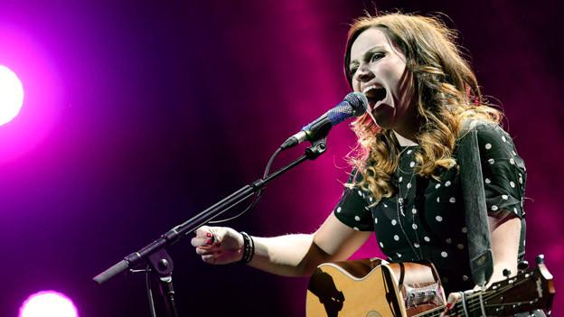 Sängerin AmyMacdonald auf der Bühne