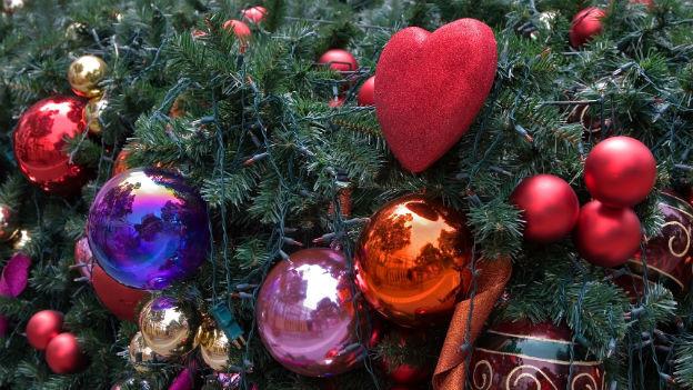 Reich geschmückter Weihnachten