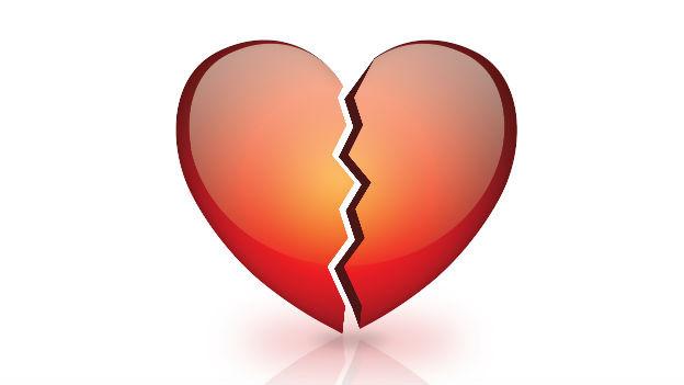 Gezeichnetes in zwei Hälfte gebrochenes Herz