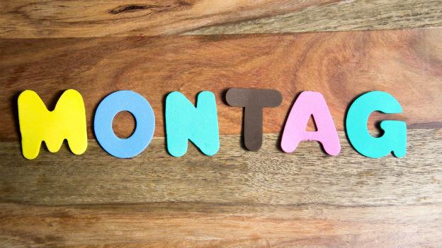 Montag in Grossbuchstaben geschrieben