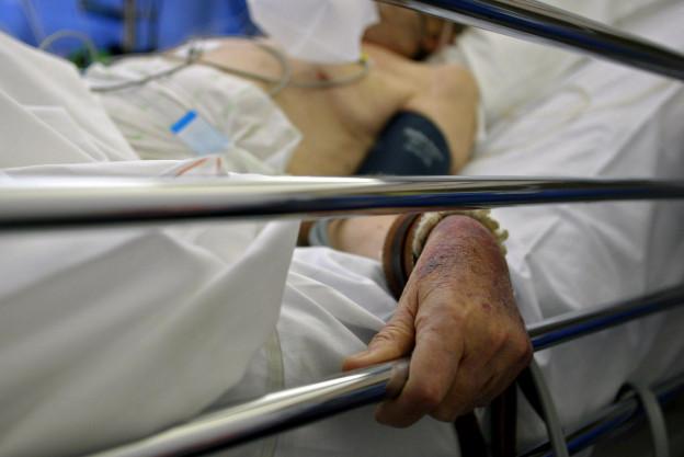 Patient im Krankenbett