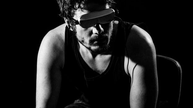 Bleep Bloop, welcome to the future! Tobias Carshey hat auf seiner neuen EP den VR-Blick.