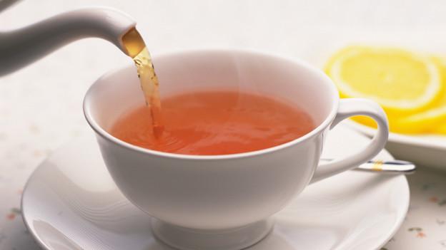 Zuerst Milch - dann den Tee!