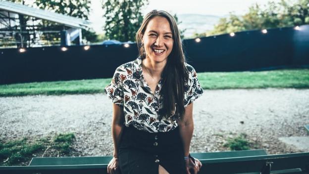 Heimweh-Bernerin Sophie Hunger spielte am Freitagabend auf der Zeltbühne