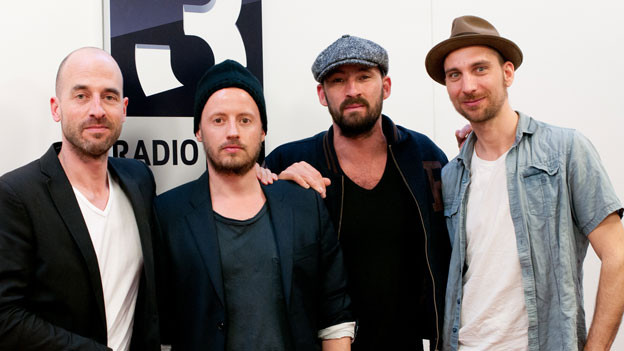 Laurin Mertz (Co-Produzent), Noel Dernesch (Co-Regisseur), Gentleman, Moritz Springer (Co-Regisseur)