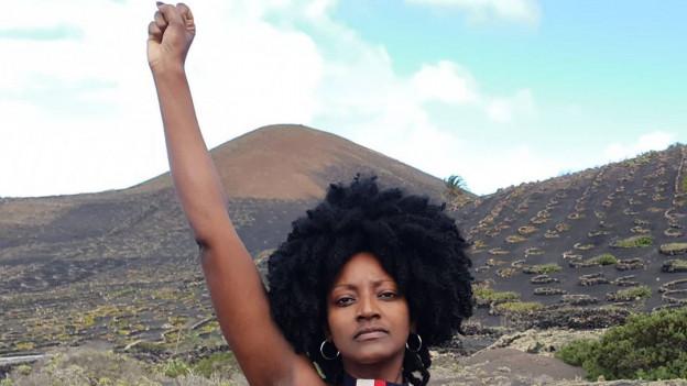 Die Ermordung des Afroamerikaners George Floyd führt auch zu Protesten in der Schweiz. «Basta, genug!»: Die afrobrasilianische Sängerin Mariana Da Cruz der Berner Band «Da Cruz» erklärt in der Sendung was sie sich für die Zukunft wünscht.