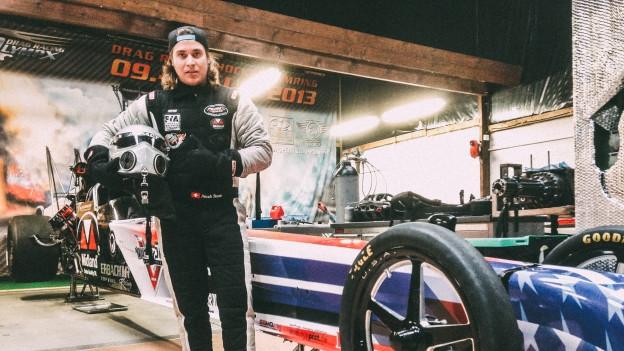 In der Schweiz hat er nur die Garage: Noah Stutz fährt weltweit Dragster Rennen.