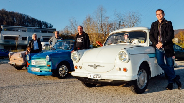 Hugo mit Freunden vom Trabantclub Schweiz