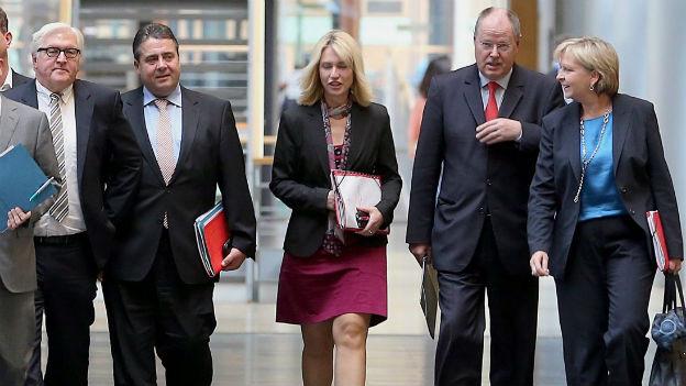 Die SPD-Spitze verhandelt mit der CDU über eine Koalition.