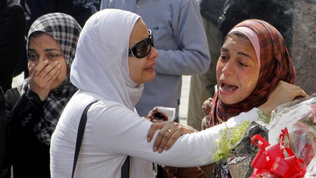 Frauen an einer Trauerkundgebung auf dem Tahrirplatz am 4. Februar 2013