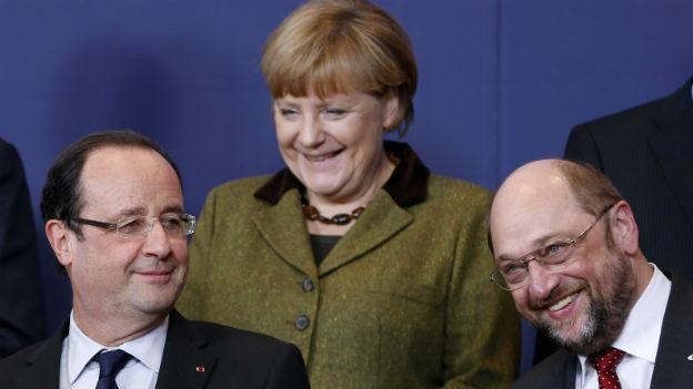 François Hollande, Angela Merkel und der Präsident des EU-Parlaments Martin Schulz.