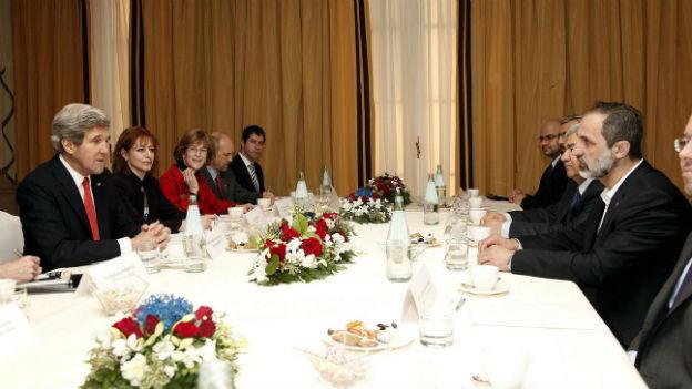 US-Aussenminister John Kerry trifft die Syrische Opposition