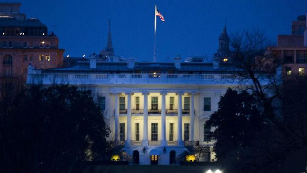 Im Weissen Haus in Washington muss sich die Regierung mit den automtischen Budgetkürzungen auseinandersetzen.