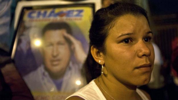 Grosse Trauer bei Anhängern von Hugo Chavez in Venezuela.