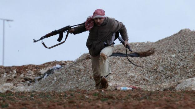 Genehmigt die EU bald Waffen für syrische Rebellen?