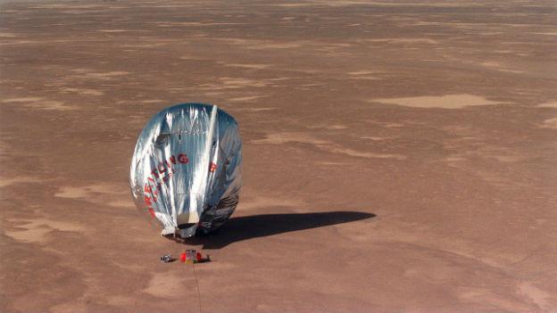 Landung in der Wüste geglückt.