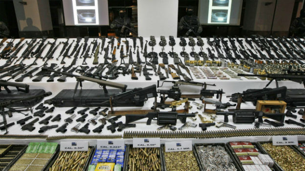 Erstmals wird der Waffenhandel international reguliert.