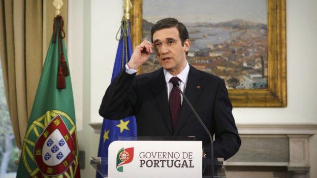 Portugals Regierungschef Coelho bei einer Radio- und Fernsehansprache.