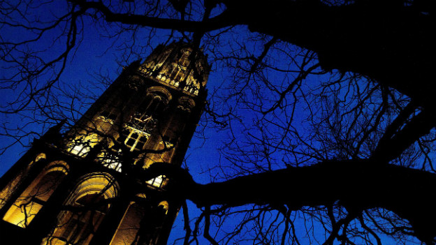 Beleuchtung zum Gedenken an den Vertrag: Der Dom in Utrecht.