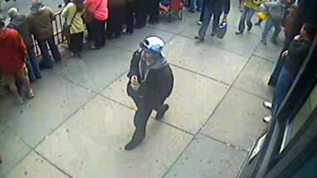 Fahndungsfoto des FBI: mutmasslicher Bombenleger vor der Tat.