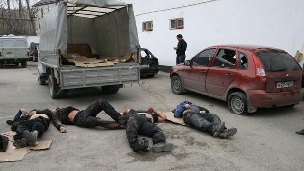 Leichen von vier mutmasslichen Extremisten, die von der Polizei getötet wurden. Dagestan gilt als die wichtigste Basis für militante Islamisten.
