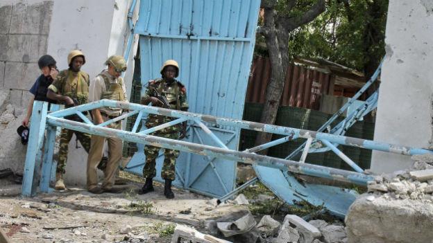 Selbstmord-Anschlag auf die UNO-Niederlassung in Mogadischu.