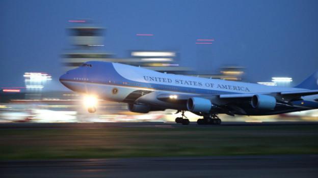 Der Flieger der Präsidenten: Barack Obama fliegt mit der Air Force One in Richtung Senegal.
