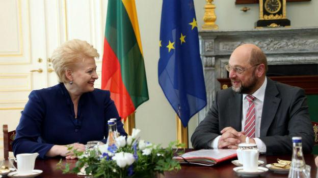 Die Litauische Präsidentin Dalia Grybauskaite bei Gesprächen mit Martin Schulz, Präsident des Europäischen Parlaments.