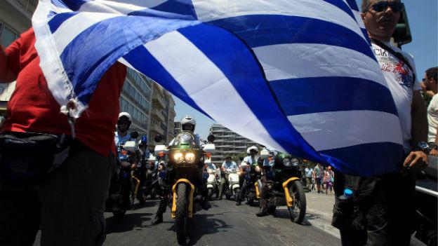 Protestaktion von Polizisten in Athen (8.7.13).