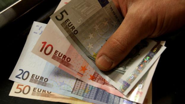 Erste Geldtranche fliesst nun nach Athen.