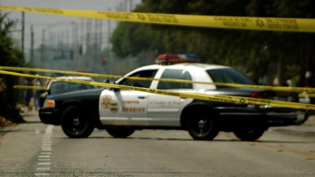 Polizei-Einsatz in Oakland, der gefährlichsten Stadt Kaliforniens.