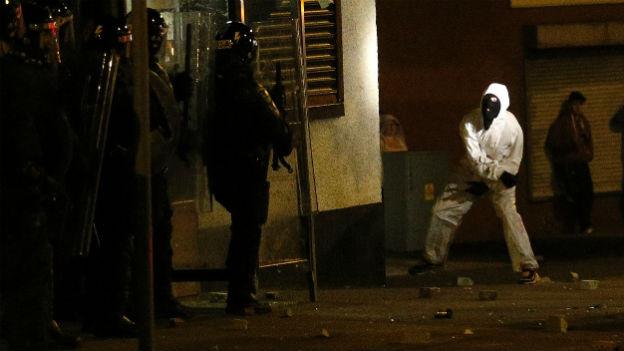Auseinandersetzungen in Woodvale am 12. Juli 2013