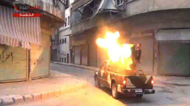 Kämpfer der «freien syrischen Armee» am 22.7.2013 in Aleppo.