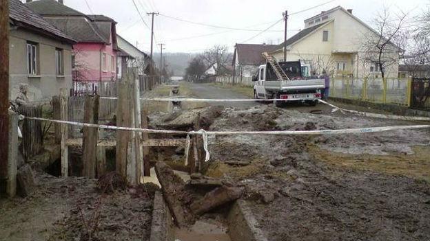 Bau der Wasserversorgung in der ungarischen Stadt Ozd.