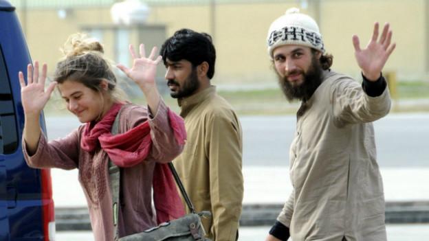 Taliban-Geiseln: Daniela Widmer und David Och nach ihrer Flucht im März 2012.