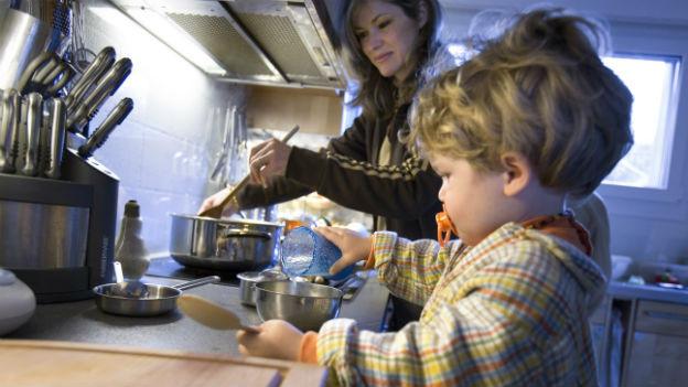 Alleinerziehende in den Niederlanden sollen den Vater ihres Kindes angeben müssen.
