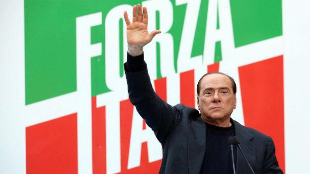 Schluss mit Forza Italia - Berlusconi wird im Oktober aus dem Parlament ausgeschlossen.