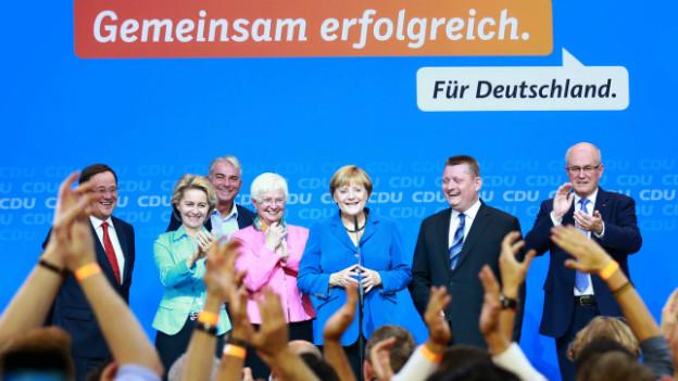 Die grosse Gewinnerin der Bundestagswahl 2013: Die CDU mit Angela Merkel (Mitte)